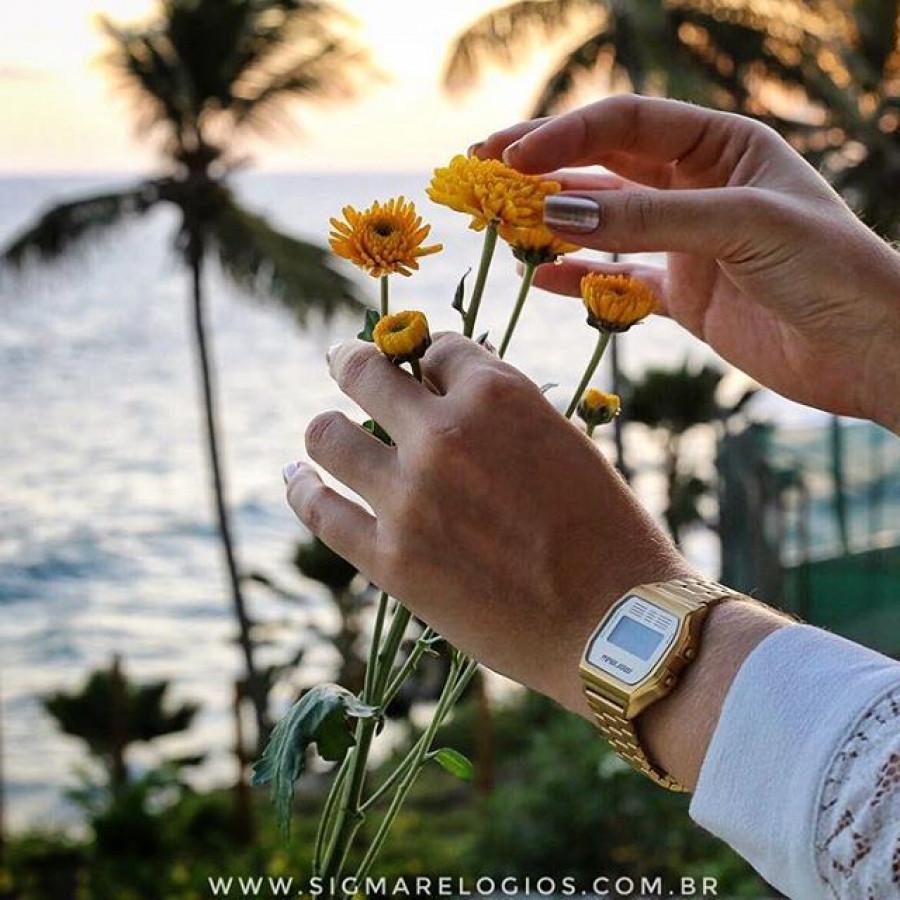 9502daf21c04e Relógio Mormaii Vintage Dourado Feminino MOJH02AB 4D
