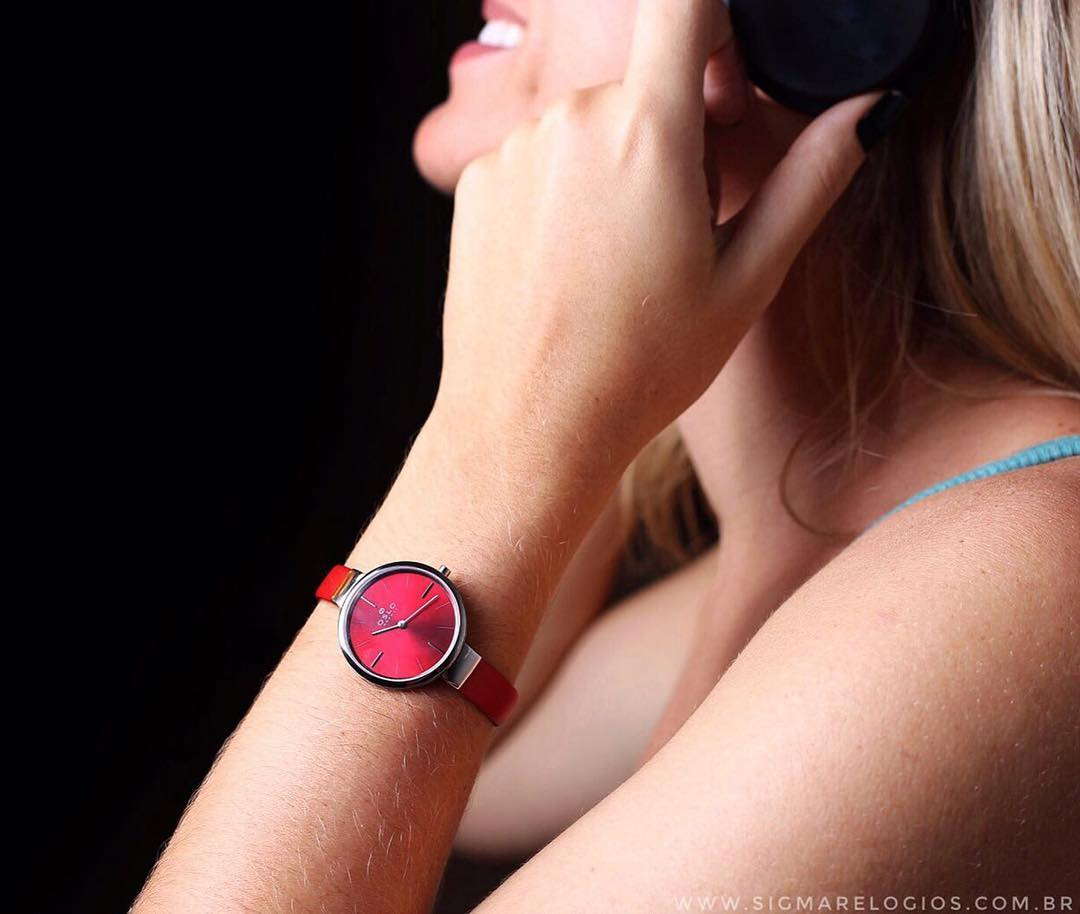 relogio-oslo-vermelho-safira-minimalista-feminino